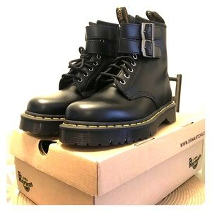 Doc Martens/NEVER WORN